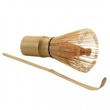 The Tea Merchant Matcha Whisk and Spoon set